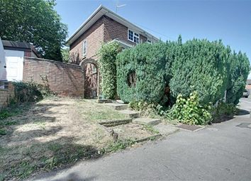Thumbnail 3 bed semi-detached house to rent in Pixies Hill Road, Hemel Hempstead