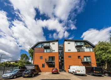 Thumbnail 2 bedroom flat for sale in Park Rock, Nottingham, Nottingham