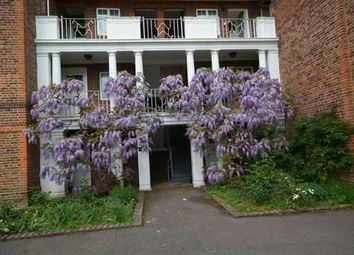 Thumbnail 2 bedroom flat to rent in St. Andrews Square, Surbiton