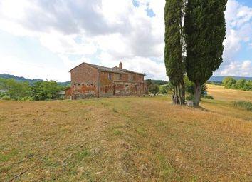 Thumbnail 1 bed farmhouse for sale in Chiusi, Chiusi, Siena, Tuscany, Italy