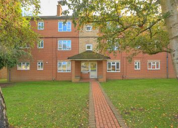 Thumbnail 2 bed flat to rent in Drakes Drive, St.Albans