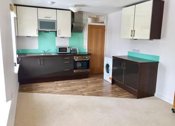 Thumbnail 1 bed flat to rent in Market Place, Wallingford