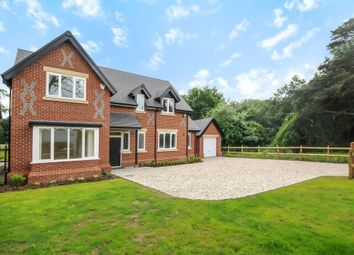 Thumbnail 4 bed detached house to rent in Sindlesham, Wokingham