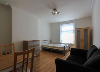 Thumbnail Property to rent in Ninian Road, Roath, Cardiff