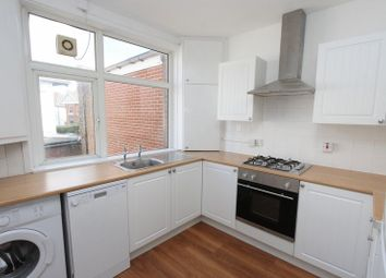 Thumbnail 1 bedroom flat to rent in Twyford Avenue, Shirley, Southampton