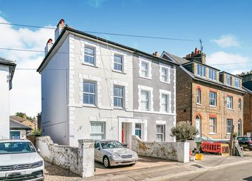 Thumbnail 1 bed flat to rent in Cleaveland Road, Surbiton
