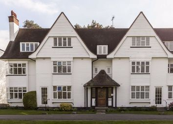 2 bed flat for sale in Watts Road, Thames Ditton KT7