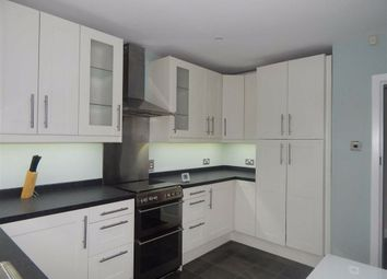 3 bed maisonette to rent in Wells Drive, Kingsbury, Middlesex NW9
