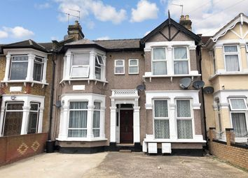 Courtland Avenue, Ilford IG1. 1 bed flat