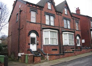 Thumbnail 1 bed flat to rent in Roundhay Place, Roundhay, Leeds
