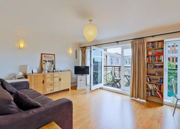 Thumbnail 2 bed flat to rent in Swan Street, London