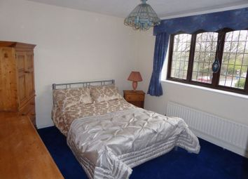 Thumbnail 1 bed property to rent in Ensign Close, Purley
