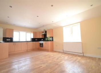 Thumbnail 3 bedroom flat to rent in Nutfield Road, Merstham