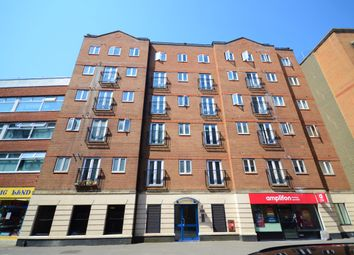 Thumbnail 2 bedroom flat for sale in Cheapside, Reading