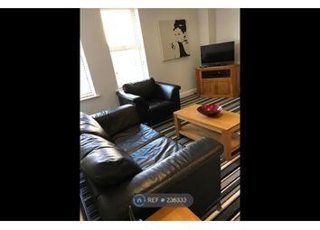 Thumbnail 2 bed flat to rent in Pelican House, Newbury