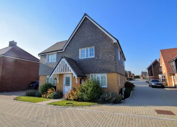 Bobby Road, Broughton, Aylesbury HP22. 4 bed detached house