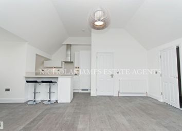 Thumbnail 1 bed flat to rent in Willenhall Lodge Great North Road, New Barnet