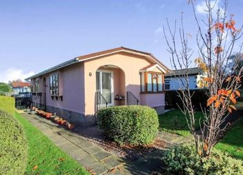 Thumbnail 2 bed mobile/park home for sale in Keys Park, Parnwell Way, Peterborough, Cambridgeshire