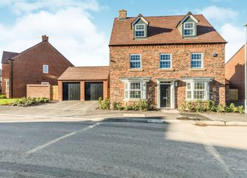Thumbnail 5 bed detached house for sale in Sallowbed Way, Kempsey, Worcester