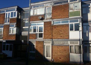 2 bed flat to rent in The Lindens, Newbridge, Wolverhampton WV6
