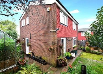 Thumbnail 3 bed detached house for sale in Vale Close, Chalfont St Peter, Gerrards Cross