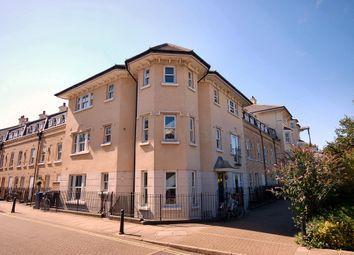 Thumbnail 2 bedroom flat to rent in St. Matthews Gardens, Cambridge