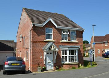 Thumbnail 4 bed detached house to rent in Cowslip Crescent, Thatcham