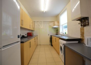 3 bed terraced house to rent in Howard Road, Clarendon Park LE2