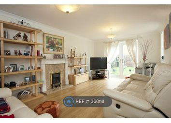Thumbnail Room to rent in Woolven Close, Burgess Hill