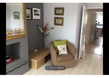 Thumbnail 3 bed flat to rent in Ludham, London