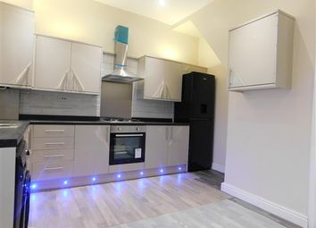 2 bed property to rent in Georgina Street, Bolton BL3