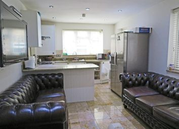 3 bed property for sale in Glyn Road, London E5