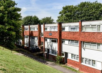 Thumbnail 3 bed flat to rent in Hunters Hill, High Wcyombe