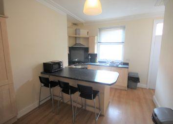 Thumbnail Room to rent in Bentley Lane, Meanwood, Leeds