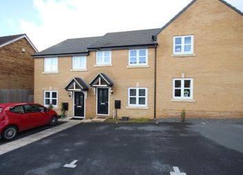 3 bed terraced house to rent in Gardenfield, Higham Ferrers, Rushden, Northamptonshire. NN10