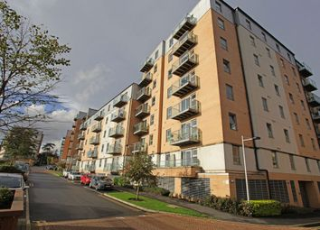 Thumbnail 2 bedroom flat to rent in Queen Mary Avenue, South Woodford
