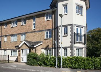 Thumbnail 2 bedroom flat for sale in Kiln Way, Dunstable, Bedfordshire