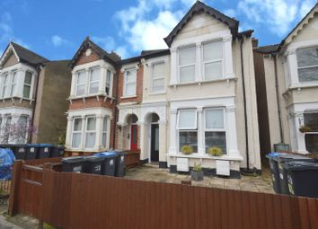Thumbnail 2 bed flat for sale in Woodside Green, Woodside, Croydon