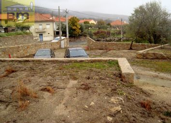 Thumbnail Country house for sale in Louriçal Do Campo, Castelo Branco, Castelo Branco