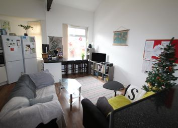 Thumbnail 4 bed flat to rent in Regent Road, Leicester