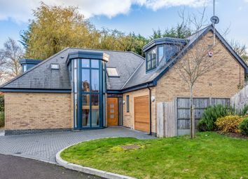 5 bed detached house for sale in Kingsmead, Cuffley, Hertfordshire EN6