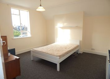 1 bed flat to rent in Robinson Road, Tooting, London SW17