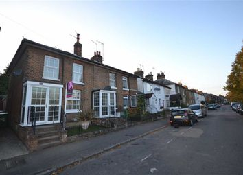 Thumbnail 2 bed cottage for sale in Cotterells, Hemel Hempstead, Hertfordshire