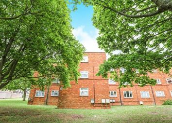 Thumbnail 1 bedroom flat for sale in Oakhill, Letchworth Garden City, Hertfordshire, England