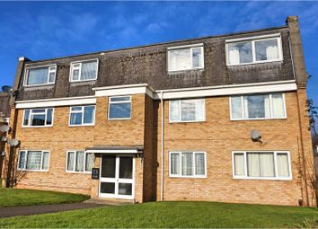 Thumbnail 2 bedroom flat for sale in Helmsdale, Swindon