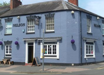 Thumbnail Pub/bar for sale in 31 Emscote Road, Warwick