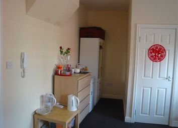 Thumbnail 7 bed flat to rent in Lower Holyhead Road, City Centre