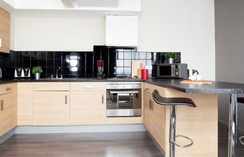 Thumbnail 3 bed flat to rent in Royal Parade, Plymouth