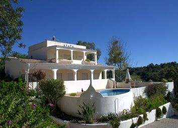 Thumbnail 3 bed villa for sale in Portugal, Algarve, Loulé