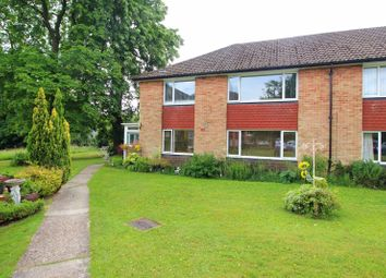 Furrows Place, Caterham CR3. 2 bed flat